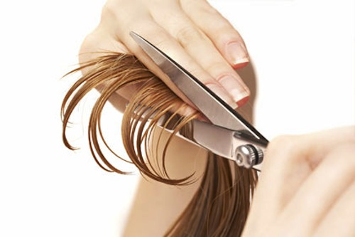 Kết quả hình ảnh cho cắt bỏ tóc chẻ ngọn