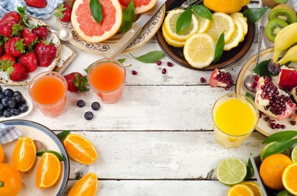 Bổ sung vitamin C ngăn rụng tóc