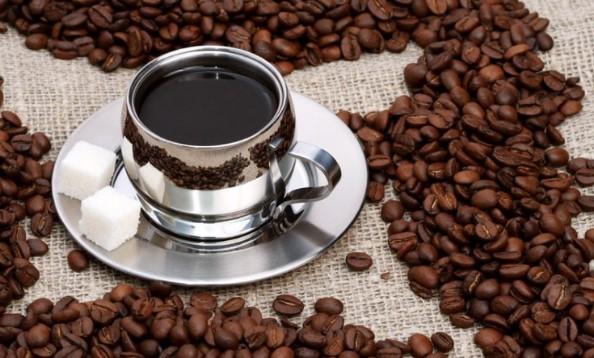 Sử dụng cafe giúp kích thích mọc tóc