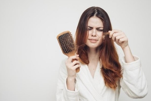 tóc mọc chậm do nhiều nguyên nhân khác nhau
