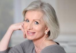 Đi tìm nguyên nhân khiến tóc bạc khi về già
