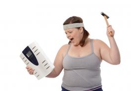 Giảm cân – lý do không ngờ khiến tóc rụng nhiều