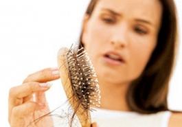 Cách chữa bệnh rụng tóc ở phụ nữ hiệu quả nhờ chế độ sinh hoạt hợp lý