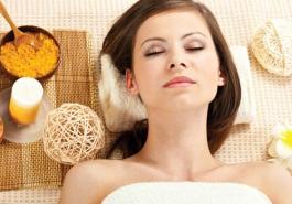 Chống tóc bạc sớm hiệu quả bằng thói quen chăm sóc tóc hàng ngày