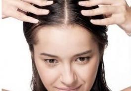 Bí kíp đối phó với tình trạng rụng tóc theo mùa