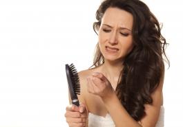 Buồn rầu vì rụng tóc, phát khóc vì hói đầu