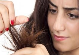 Bí quyết phục hồi những tổn thương cho mái tóc chẻ ngọn