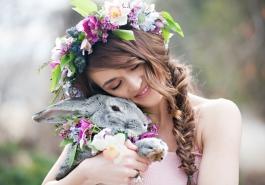 Video - Lãng mạn cùng kiểu tóc tết cài hoa
