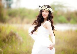 Video - Những kiểu tóc cô dâu cài hoa quyến rũ, hút hồn nhất