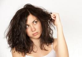 Nên làm gì khi chớm bị rụng tóc?
