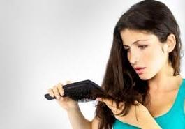 Những thời điểm nhạy cảm dễ bị rụng tóc