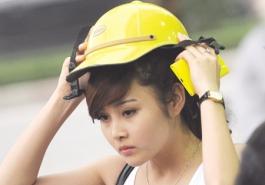 Mũ bảo hiểm bẩn khiến tóc rụng nhiều