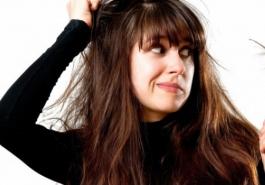 """Những """"vấn nạn"""" tóc phải đối mặt trong mùa đông"""